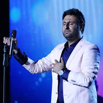 اجرای زنده آهنگ آذری ساری گلین با صدای محمد علیزاده